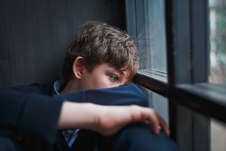 خودکشی نوجوانان,عوامل خودکشی نوجوانان,دلایل خودکشی نوجوانان